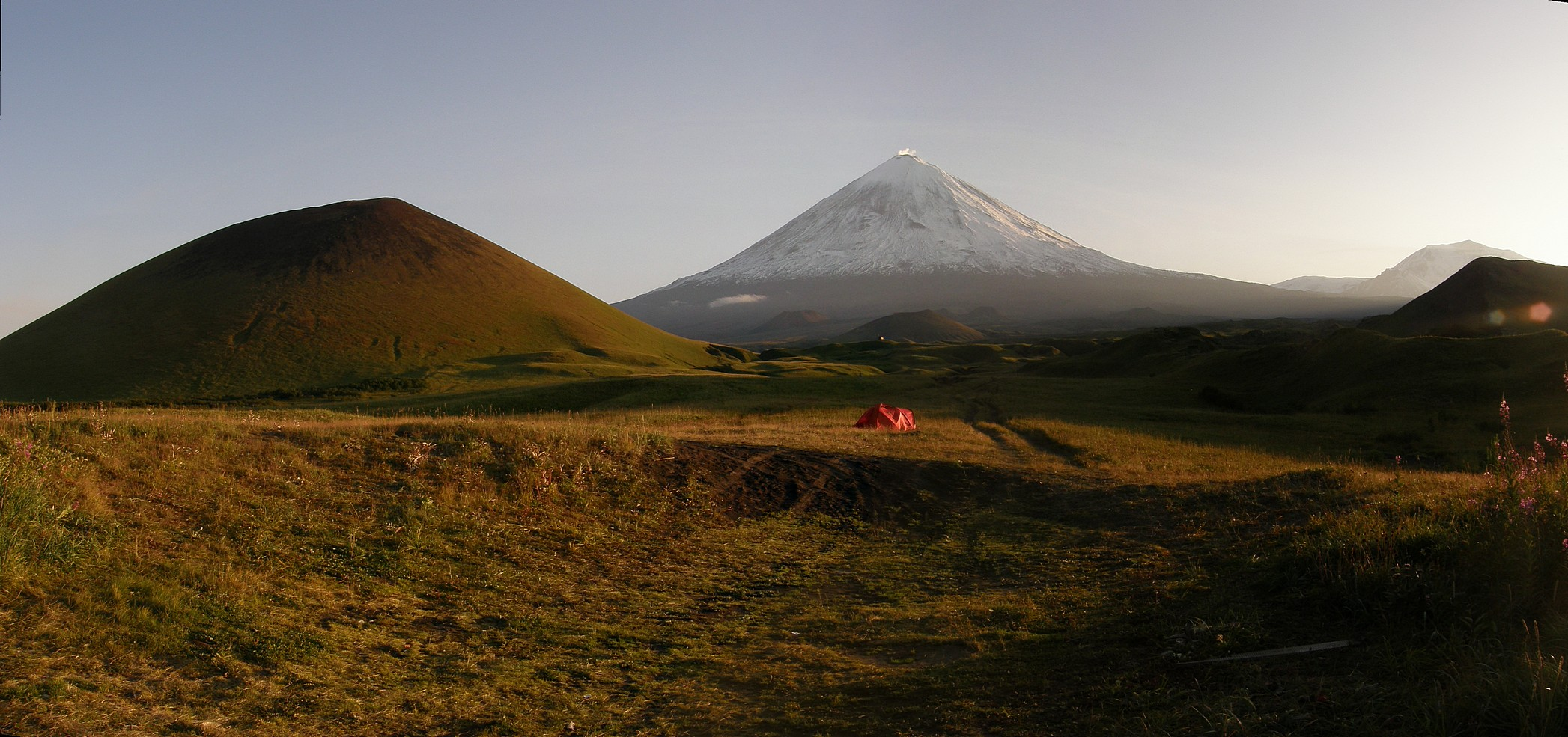 The foot of the Klyuchevskoy volcano and its 'children' -- monogenic cinder cones